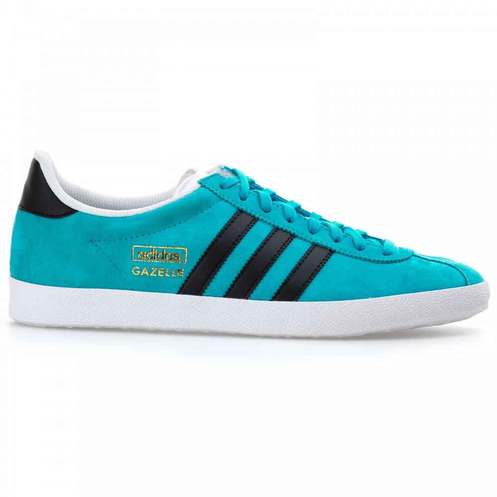 blue and black gazelles