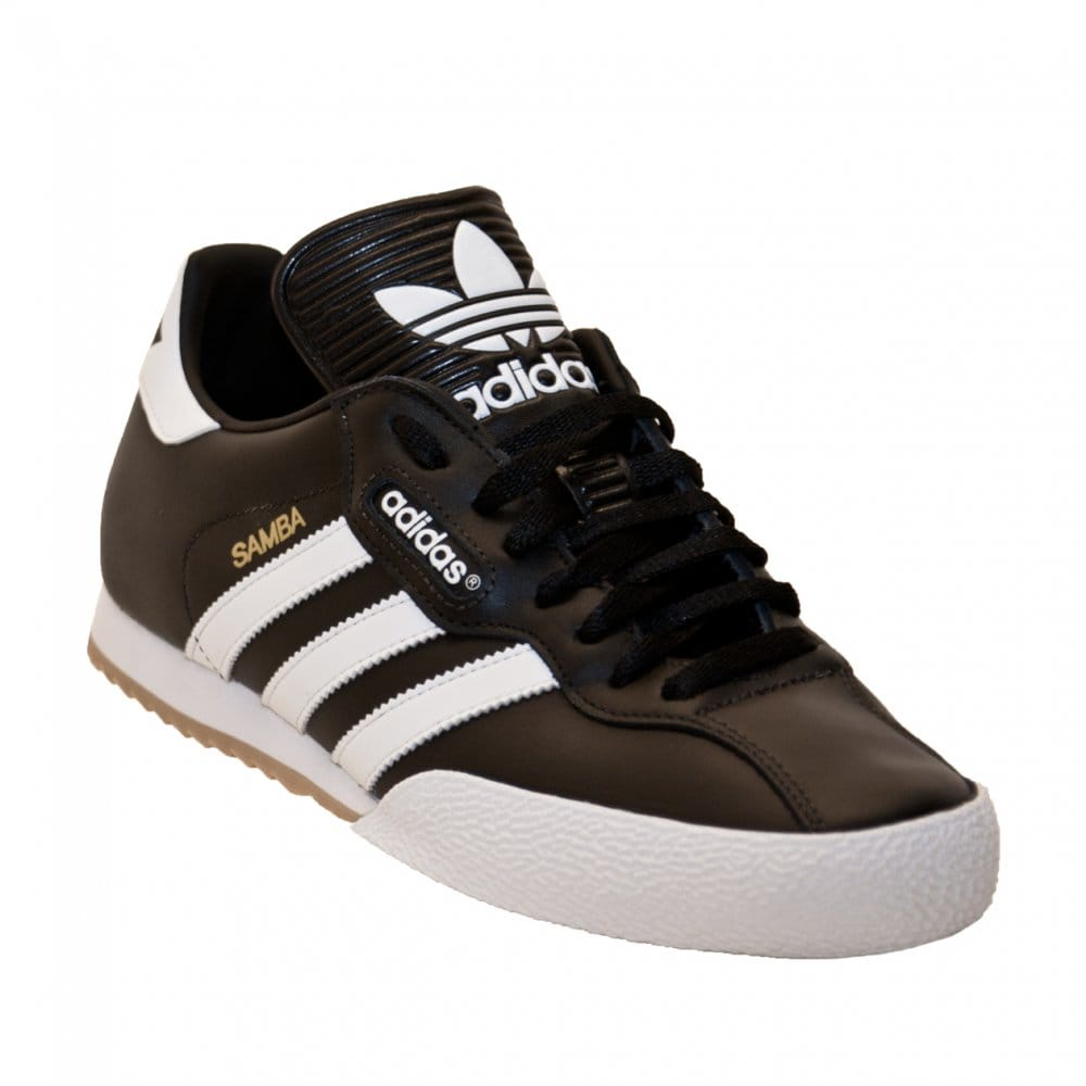 schwarz goldene adidas schuhe superstar lucasflory photo graphy. Black Bedroom Furniture Sets. Home Design Ideas