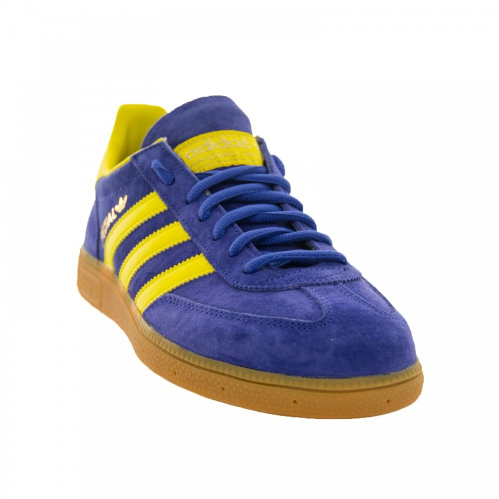 adidas blue and yellow trainers