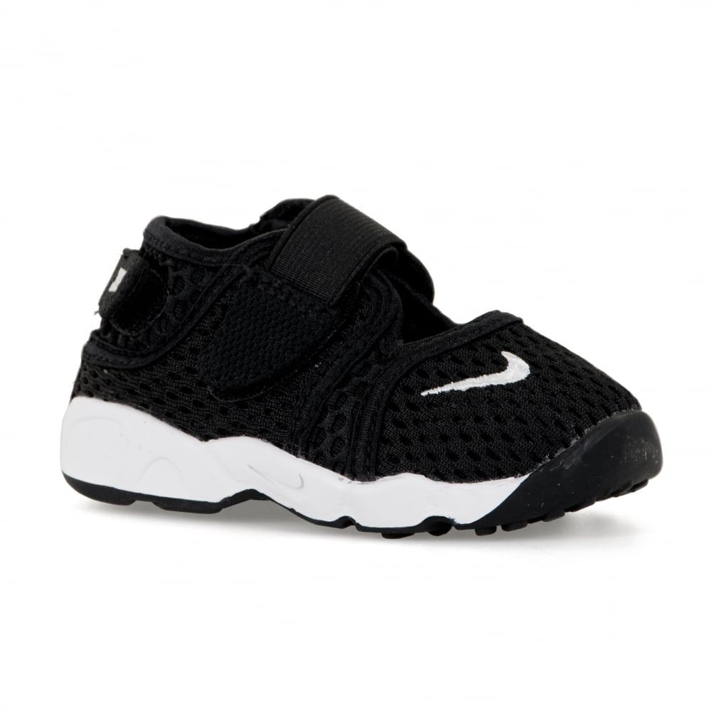 new concept 867a8 3e1ea Nike Infants Little Rift Trainers (Black)