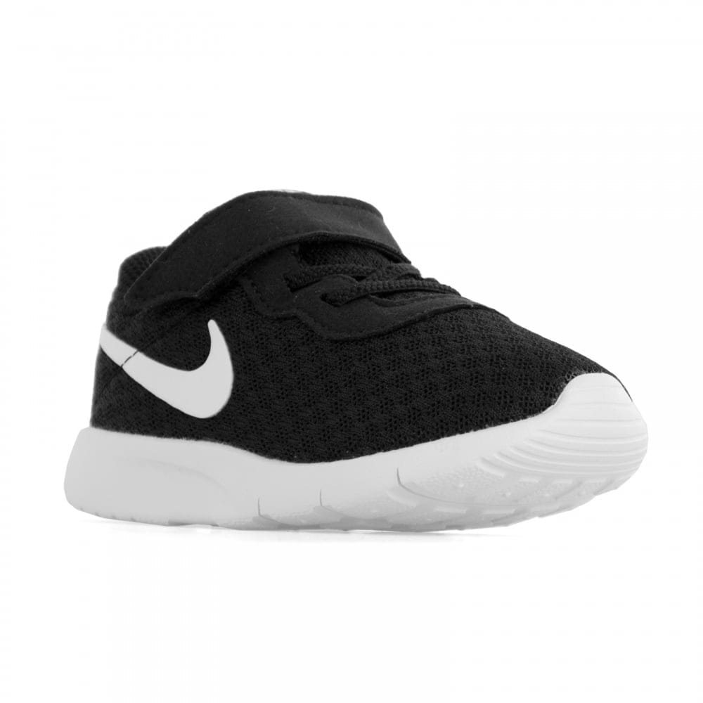 nike tanjun junior trainers black