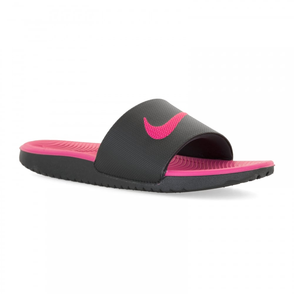 new product dd8aa 31ddf Juniors Kawa Slide Flip Flops (Black/Pink)