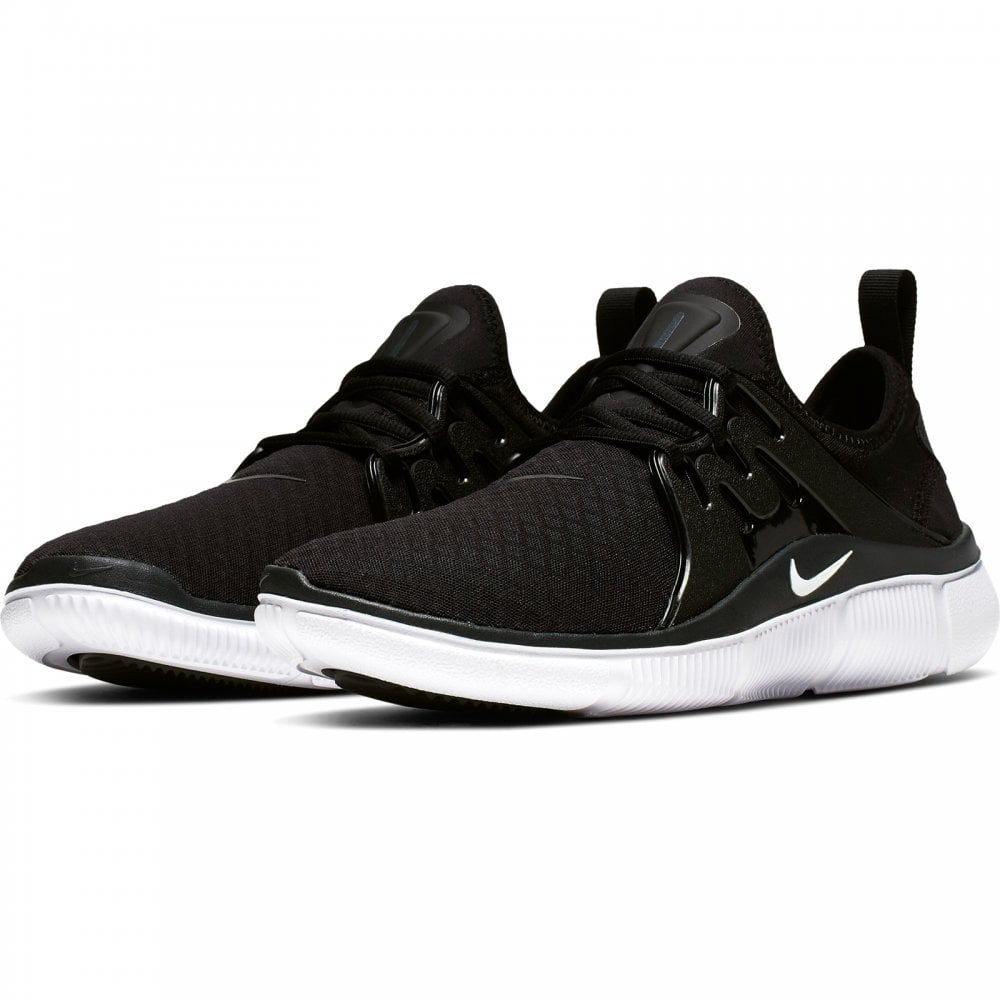 nike trainers black and white