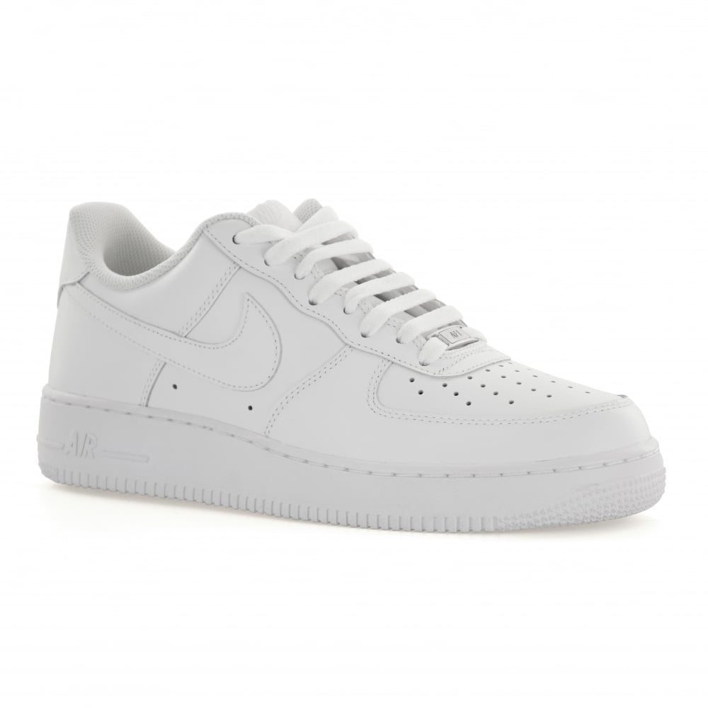 ca4996f204ddc Nike Air Force 1 Trainers   Compare Prices at FOOTY.COM