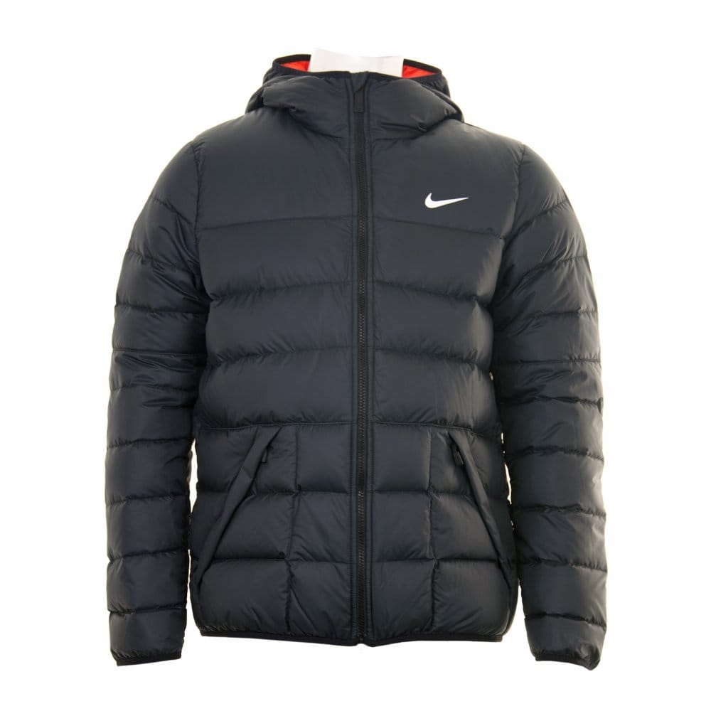 The perfect men's puffer jackets for casual looks. Find the trendiest pieces at ZARA online. Contact; PUFFER JACKET. CONTRASTING HOODED JACKET. STYLISH PUFFER JACKETS FOR MEN. Puffer jackets play an important role in the modern man's look. Soft fabrics guarantee maximum comfort in any weather. PUFFER JACKET WITH REMOVABLE LINING. MIXED.
