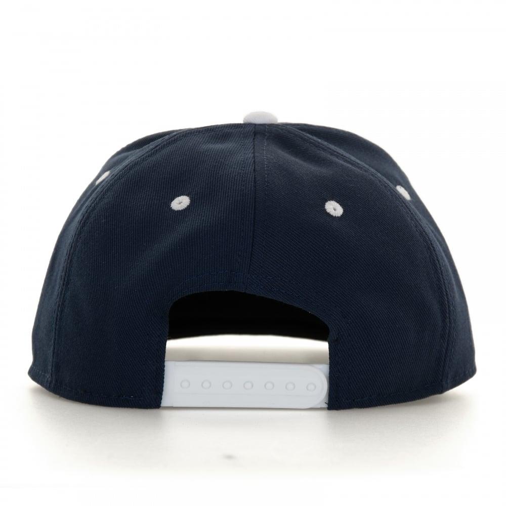 9d2581560 Mens Futura Snapback Cap (Navy/White)