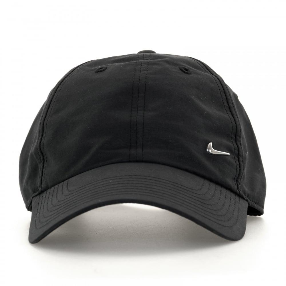 nike swoosh cap black