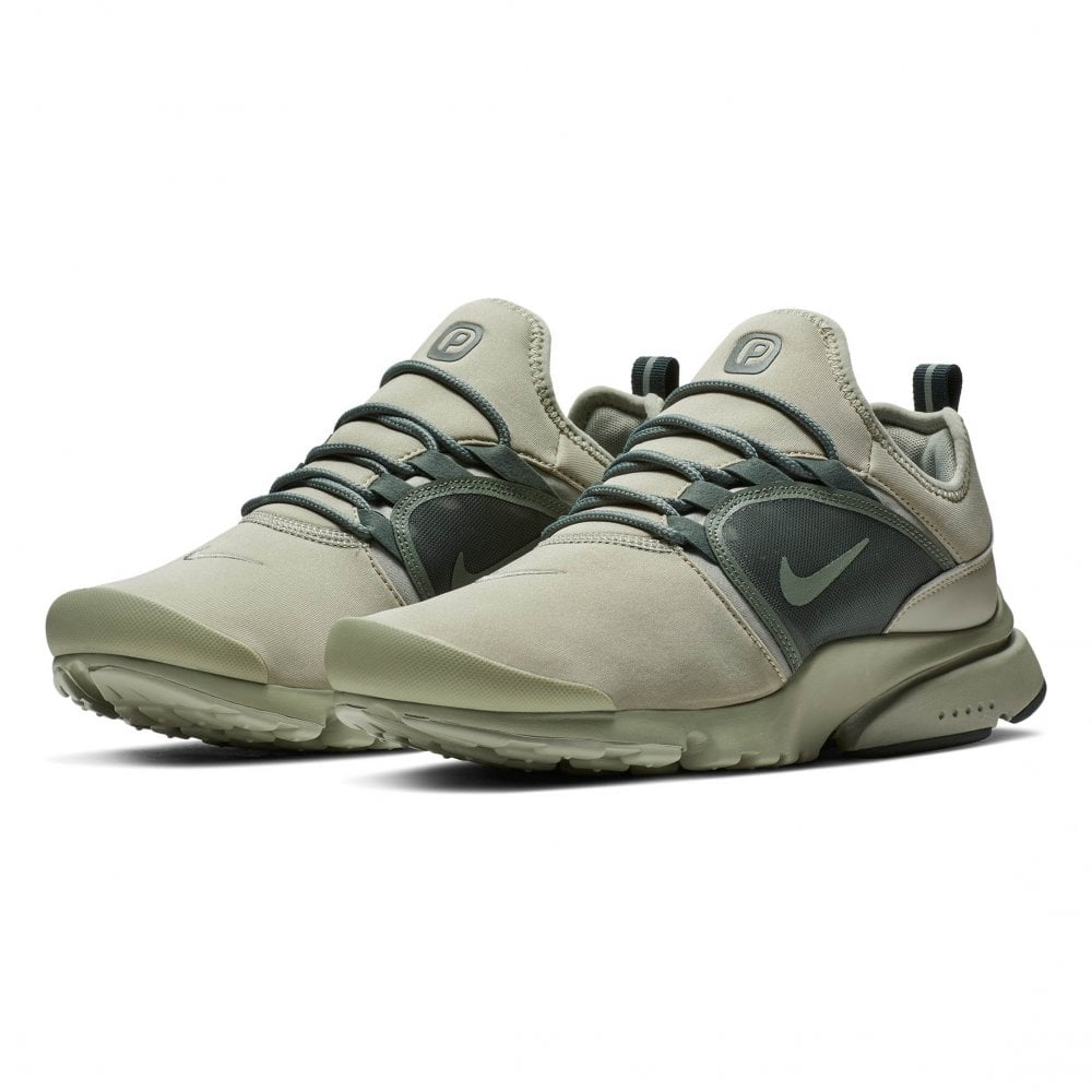 newest 6d520 d7e1f Nike Mens Presto Fly World Trainers (Spruce)