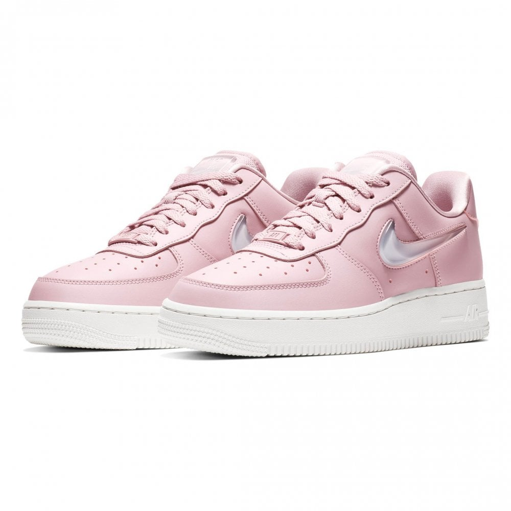 best website fcc38 eea0d Nike Womens Air Force 1   039 07 SE Premium Trainers (Pink)