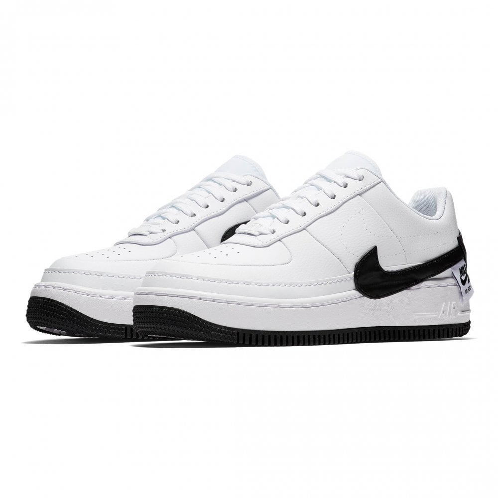 buy online db6f7 10ded Nike Womens Air Force 1 Jester XX Trainers (White   Black)