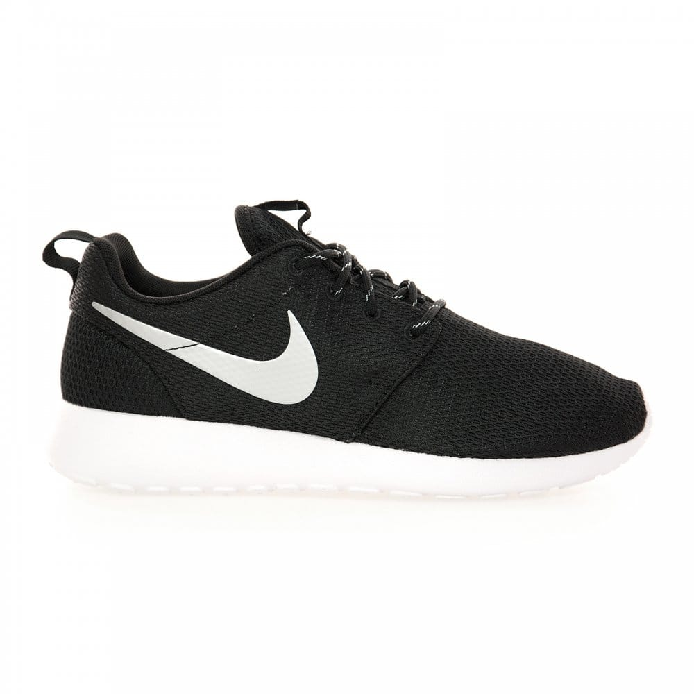 View all ladies footwear Our Nike women's trainer range includes the latest footwear at discounted prices from the leading sportswear brand. Choose from popular collections including Air Max, Downshifter, Tanjun, Flex and Zoom for quality trainers that combine style with comfort.