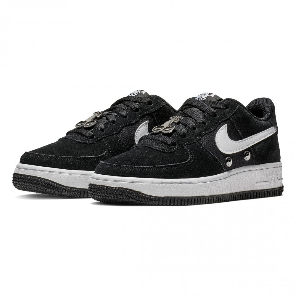 1e311046a8 Nike Youths Air Force 1 LV8 Nike Day Trainers (Black / White) - Kids ...