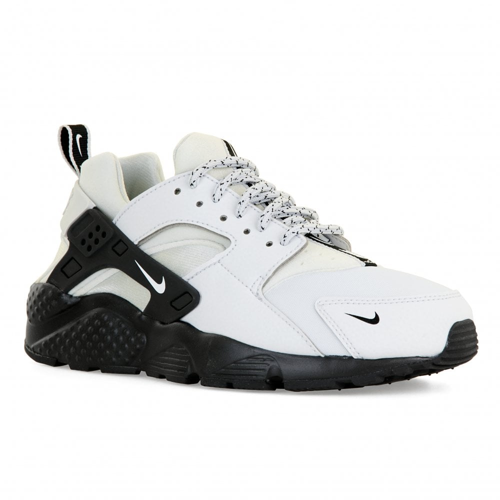 2afd3645bd9 Nike Youths Huarache Run SE Trainers (Grey) - Kids from Loofes UK
