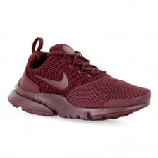 5a11eeace2a34 Nike Youths Presto Fly Trainers (Red)