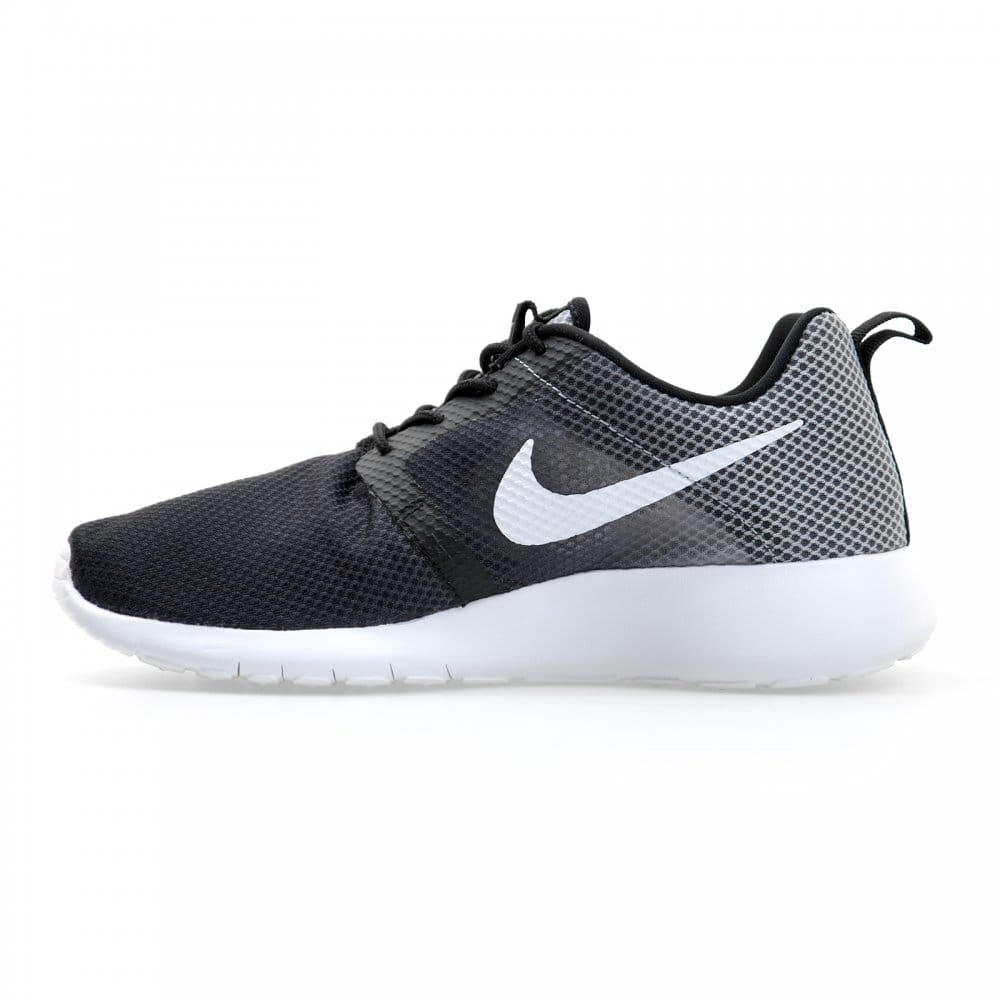 nike nike youths roshe run flight weight gs trainers. Black Bedroom Furniture Sets. Home Design Ideas