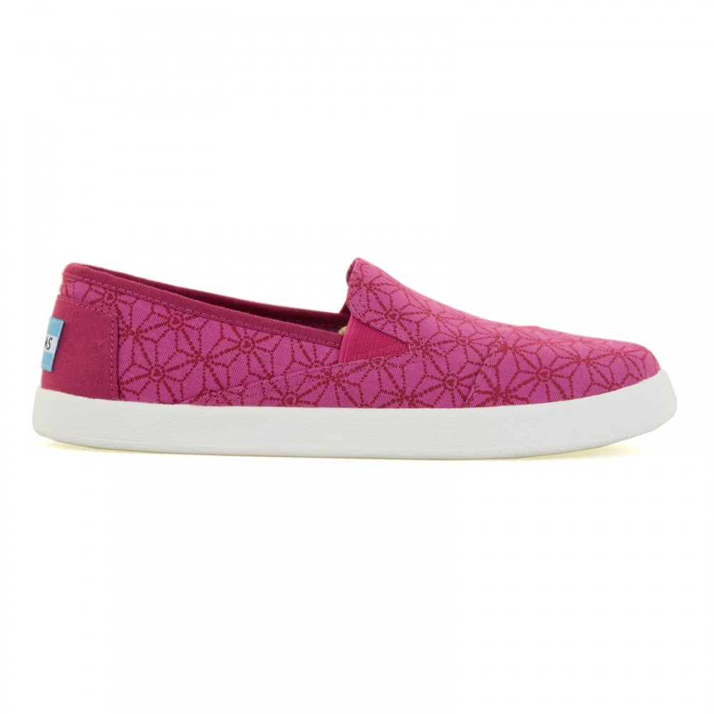 toms toms infants avalon pink hearts 116 shoes pink