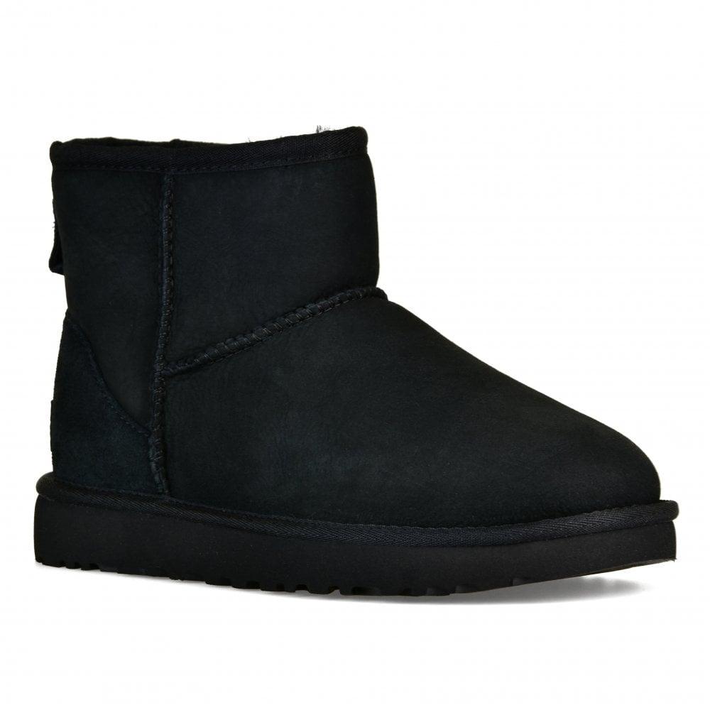 UGG Womens Classic Mini II Boots (Black)