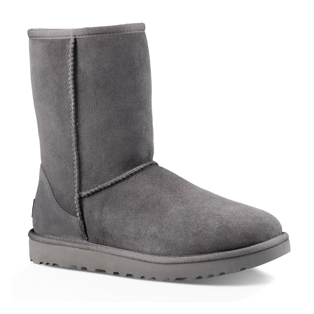 d69b77e0333 UGG UGG Womens Classic Short II Boots (Grey)
